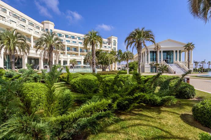 El Hotel Las Arenas recibe el sello 'Huella de carbono'