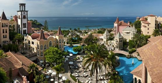 Las patronales apoyan el plan de Turismo de garantizar la seguridad en las Canarias