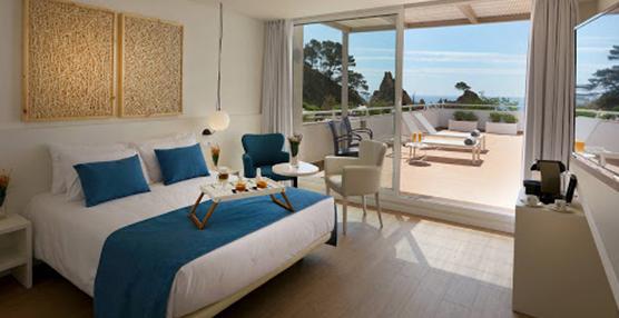 La CEHAT pide al Estado el cierre ordenado de los alojamientos turísticos