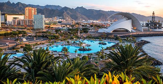 Fevitur alerta que la nueva ley turística de Canarias vulnera competencias