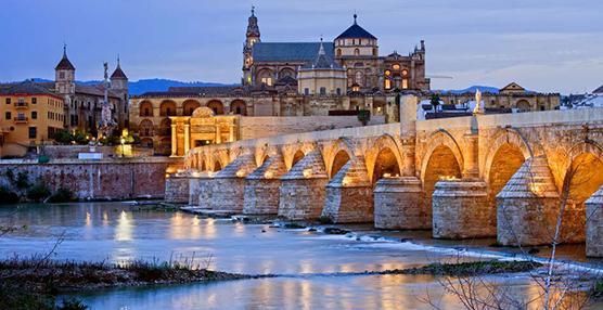 Los establecimientos hoteleros andaluces suman 5,8 millones de estancias en junio