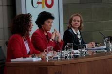 La portavoz del Gobierno, Isabel Celaá, durante la rueda de prensa posterior al Consejo de Ministros.