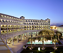 Hotel Las Arenas, entre los hoteles mejor valorados de España
