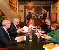 El Ayuntamiento de Marbella y Aehcos impulsan la promoción de la ciudad