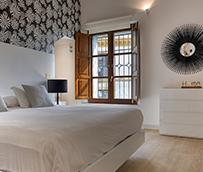 El visitante de pisos turísticos destina un 17% más al alquiler