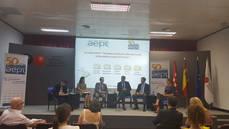 AEPT debate sobre la protección de datos y el Sector