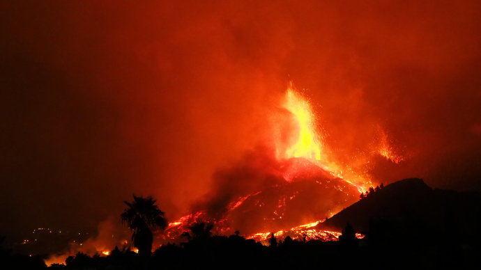 Ashotel valora los protocolos de evacuación en La Palma