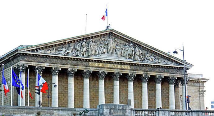 Francia aprueba medidas económicas y de apoyo al Sector
