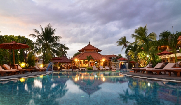 Meliá Hotels casi triplica sus beneficios en 2016 hasta los 100,7 millones de euros