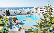 Nuevos hoteles continúan con su reapertura en España