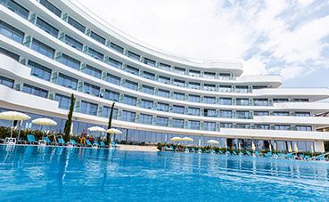 Riu Hotels & Resorts presenta en Bulgaria el nuevo Riu Astoria