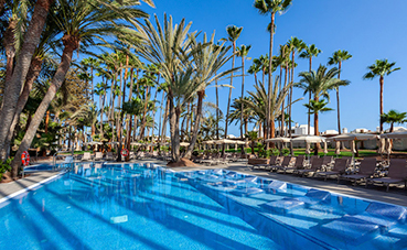 El Hotel Riu Palace Oasis abre tras una reforma