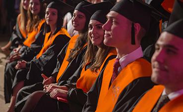 Se gradúan 87 alumnos más en Les Roches Marbella
