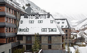 Hotel Val de Neu: un invierno de lujo en los Pirineos de Lérida