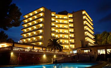 Acuerdo entre HIP y Room Mate para abrir su primer hotel de playa
