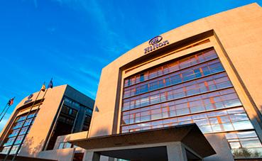 Hilton Madrid Airport se suma al compromiso por el liderazgo femenino