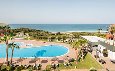 Ilunion Hotels reabre sus hoteles vacacionales de Cádiz