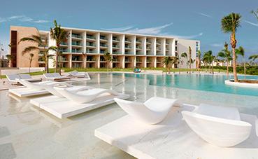 Palladium inaugura dos 'resorts' en Costa Mujeres