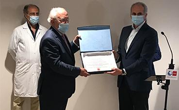 La AEHM, premiada por su colaboración durante la crisis del Covid-19
