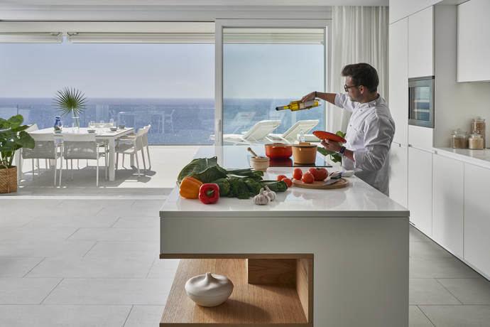 Royal Hideaway Corales Resort lanza 'Chef in Room'