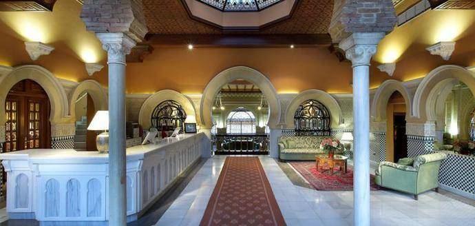 El hotel Alhambra Palace anuncia su reapertura