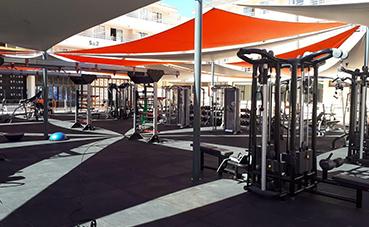 BH Fitness equipa en un hotel el gimnasio exterior más grande del mundo