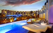 Palladium Hotel Group elimina los plásticos de un solo uso en hoteles de Ibiza y Tenerife