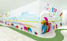 Paradores y Juegaterapia llenan de color y magia el hospital Gregorio Marañón