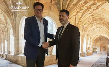 Paradores y los pueblos más bonitos de España firman un acuerdo para promocionar el turismo