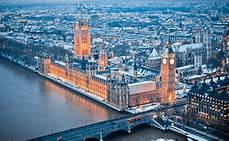 Londres y París son los destinos europeos más populares para escaparse en diciembre