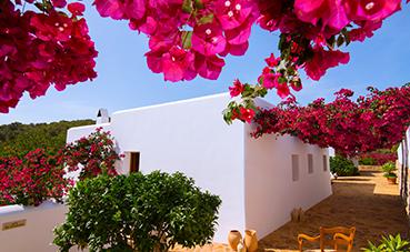 Santa Eulària des Riu (Ibiza) presenta sus novedades como destino familiar, cultural y activo