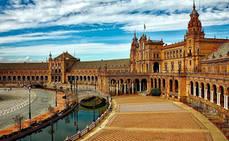 La Asociación de Hoteles de Sevilla hace donaciones para residencias de mayores