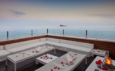 El hotel Villa Venecia de Benidorm organiza pedidas de mano
