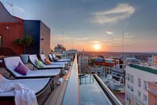 Los hoteles madrileños alcanzan el 80% de reservas