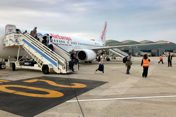 La red de Aena opera 465 vuelos de repatriación