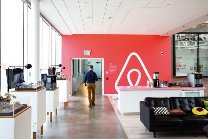 Airbnb premia la labor de cuatro ONG españolas