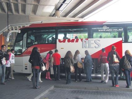 Amadeus distribuye más de 300 buses interurbanos