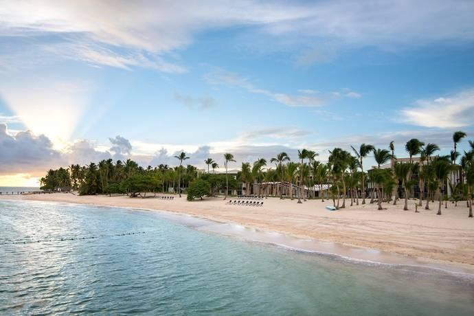 BlueBay Hotels inaugura el BlueBay Grand Punta Cana