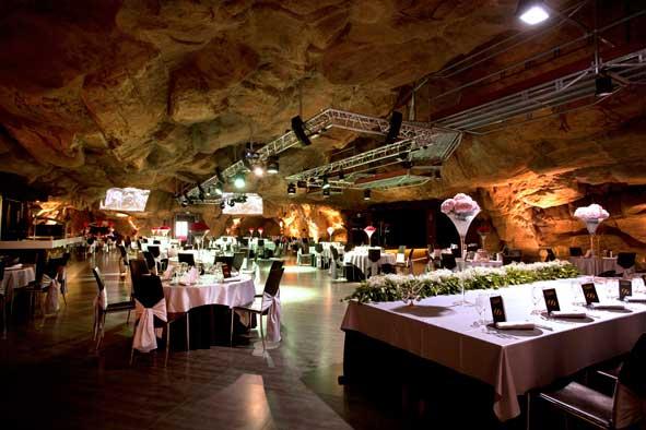 Una cueva artificial, un espacio para eventos y congresos