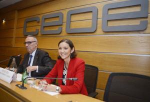 CEOE pide a Reyes Maroto que se deje de 'penalizar' a las agencias con el IVA general