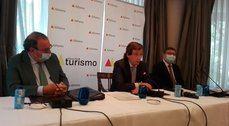 Juan Molas, José Luis Martínez-Almeida y Carlos Abella.