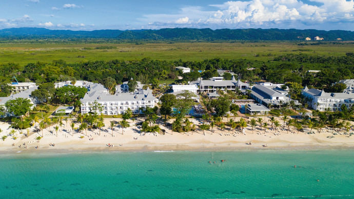 RIU Hotels & Resorts sigue reactivándose en el Caribe
