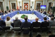 Constitución del Alto Consejo Asesor.