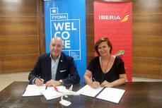 Firma del acuerdo entre Aguilar y Palazuelos.