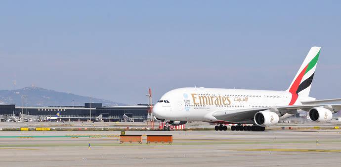 Emirates buscará tripulación de cabina en España