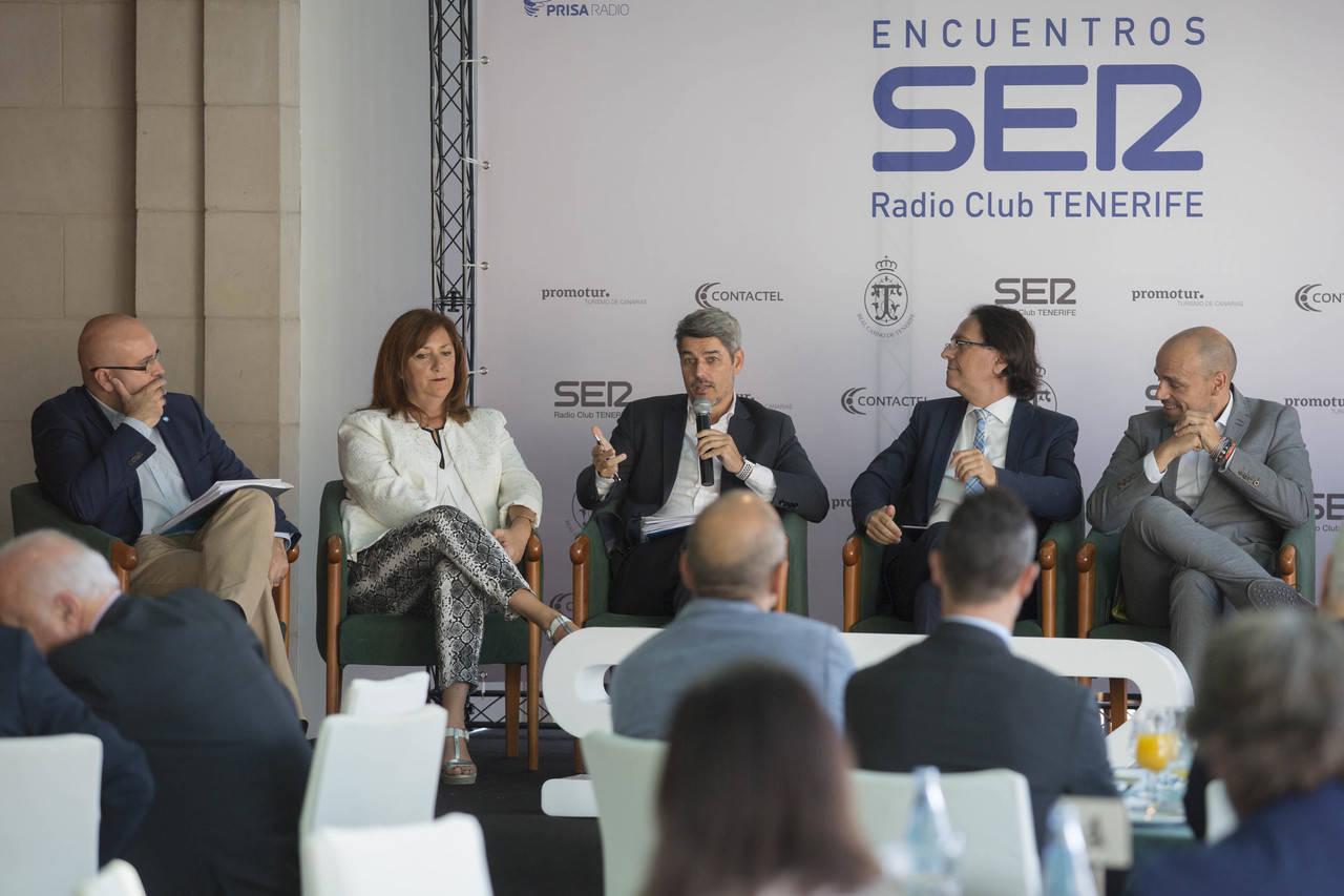 Tenerife analizará la regulación del alquiler vacacional