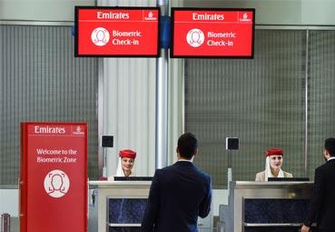 Emirates presenta la primera ruta biométrica en Dubái