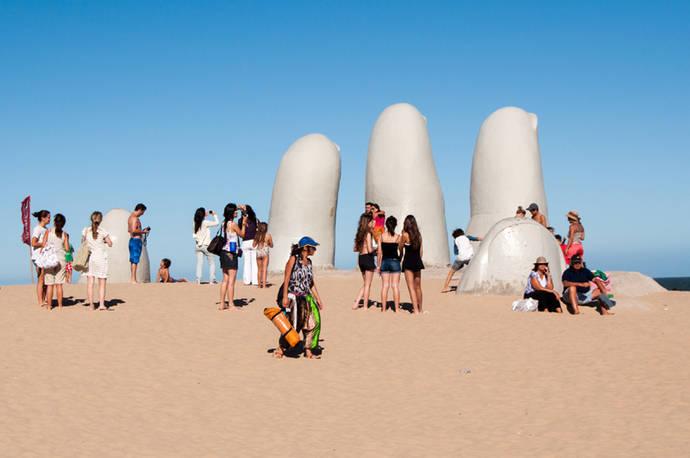 Uruguay superará la barrera de los tres millones de turistas