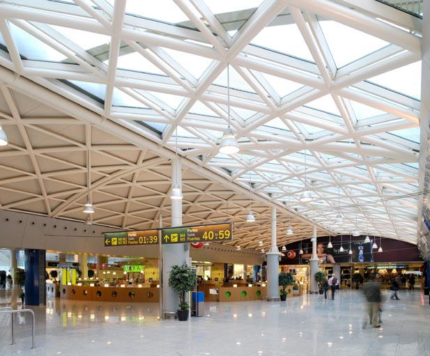 Los aeropuertos españoles también baten récord