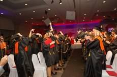 Les Roches gradúa a 138 alumnos de hasta 35 países